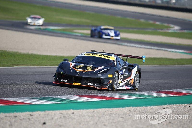 #127 Ferrari 488 Challenge, Baron Motorsport: Tommy Lindroth
