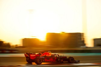 Alexander Albon, Red Bull RB15