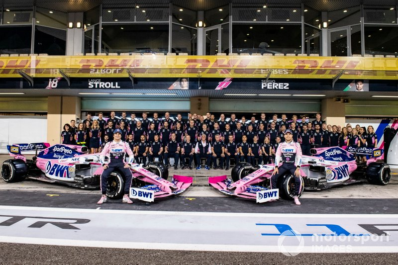 Sergio Perez, Racing Point en la foto de grupo 2019