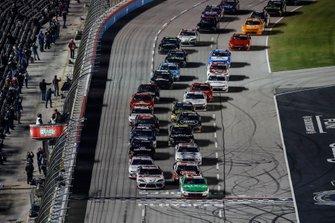 Harrison Burton, Joe Gibbs Racing, Toyota Supra Dex Imaging, Tyler Reddick, Richard Childress Racing, Chevrolet Camaro Alsco, start