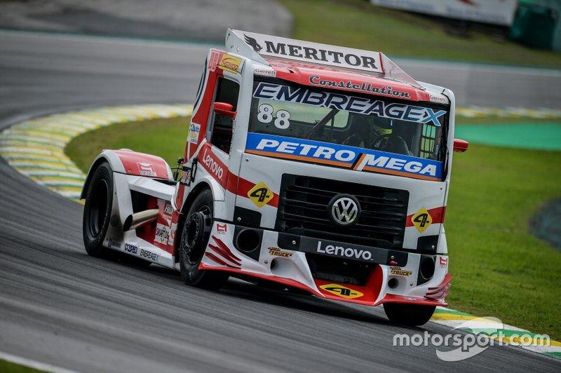 Copa Truck: Beto Monteiro defende título