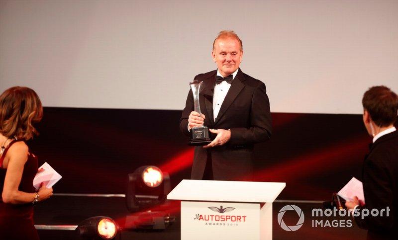 Jonathan Palmer presenta il Gregor Grant Award