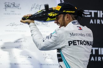 Lewis Hamilton, Mercedes AMG F1, 1st position, celebrates with Champagne