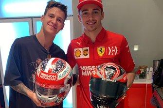 Fabio Quartararo y Charles Leclerc cambian sus cascos