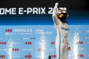 Race Winner Stoffel Vandoorne, Mercedes-Benz EQ celebrates in parc ferme