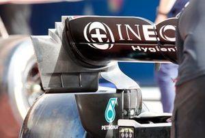 Mercedes W12 rear wing endplate
