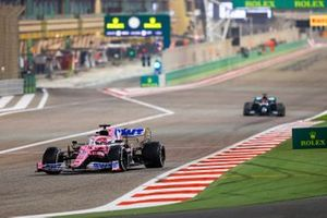 Sergio Perez, Racing Point RP20, George Russell, Mercedes F1 W11