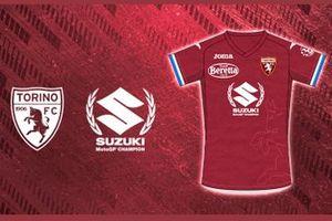 El Torino FC homenajea el título de Suzuki en MotoGP