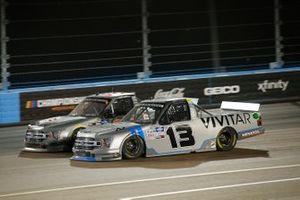 Todd Gilliland, Front Row Motorsports, Ford F-150 Frontline Enterprises Inc, Johnny Sauter, ThorSport Racing, Ford F-150 Vivitar