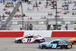 Denny Hamlin, Joe Gibbs Racing, Toyota Camry FedEx Express, Martin Truex Jr., Joe Gibbs Racing, Toyota Camry Auto-Owners Insurance