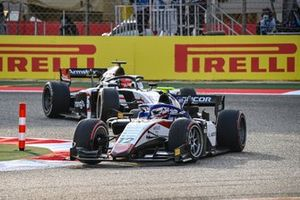 Pedro Piquet, Charouz Racing System leads Marcus Armstrong, ART Grand Prix