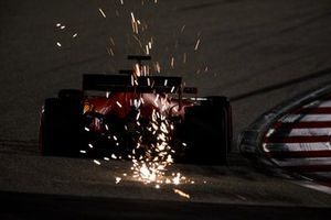Sparks fly from Sebastian Vettel, Ferrari SF1000