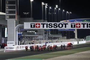 Start action, Jorge Martin, Pramac Racing leads