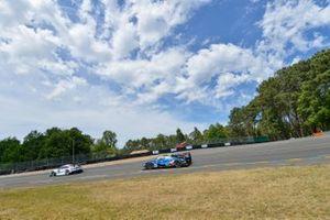#93 Porsche GT Team Porsche 911 RSR: Patrick Pilet, Nick Tandy, Earl Bamber, #36 Signatech Alpine Matmut Alpine A470: Nicolas Lapierre, Andre Negrao, Pierre Thiriet