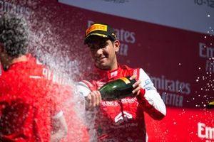 Podio: ganador Jehan Daruvala, PREMA Racing