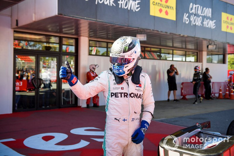 Valtteri Bottas, Mercedes AMG F1 celebrates in Parc Ferme