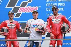 Le vainqueur Marc Marquez, Repsol Honda Team, le deuxième, Andrea Dovizioso, Ducati Team, le troisième, Danilo Petrucci, Ducati Team