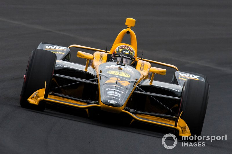 31º #24 Sage Karam, DRR WIX Filters, Dreyer & Reinbold Racing Chevrolet: 227.740 mph