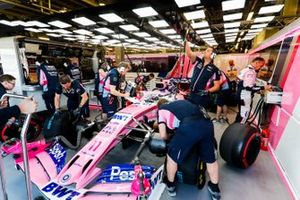 Sergio Perez, Racing Point RP19, in the garage
