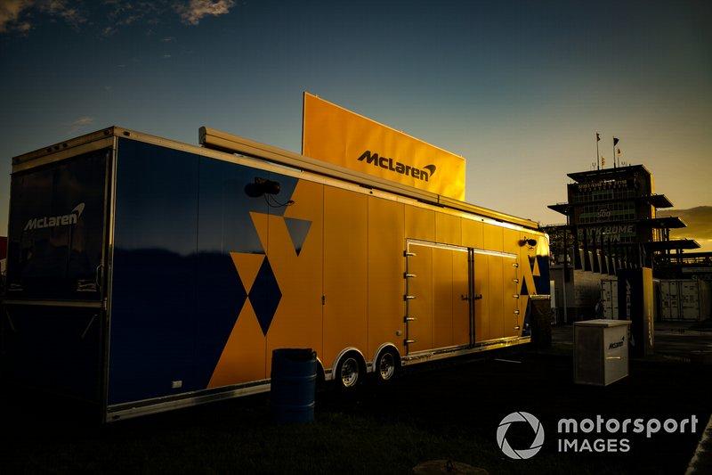 El sol se pone en el esfuerzo de Indy 500 2019 de Fernando Alonso, McLaren Racing Chevrolet