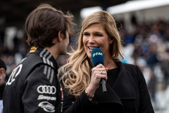 Verena Wried talks with Pietro Fittipaldi, Audi Sport Team WRT