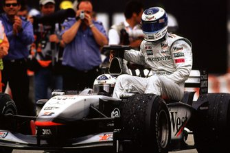 David Coulthard, McLaren and Mika Hakkinen, McLaren
