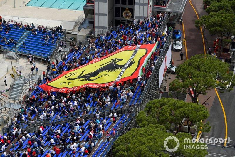 Un grande supporto del pubblico per la Ferrari
