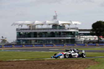 Ben Hingeley, Hitech Bullfrog GP Dallara F317 - Mercedes-Benz