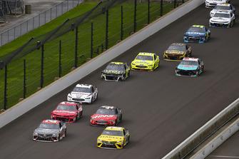 Erik Jones, Joe Gibbs Racing, Toyota Camry buyatoyota.com and Daniel Suarez, Joe Gibbs Racing, Toyota Camry STANLEY