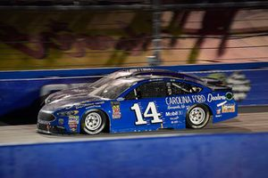 Clint Bowyer, Stewart-Haas Racing, Ford Fusion Carolina Ford Dealers