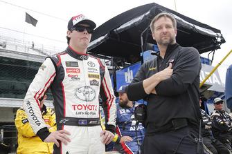 Erik Jones, Joe Gibbs Racing, Toyota Camry buyatoyota.com Chris Gayle