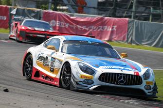 #888 Mercedes-AMG Team GrrupeM Racing Mercedes-AMG GT3: Raffaele Marciello, Maro Engel and Tristan Vautier