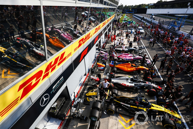 Renault Sport F1 Team RS 18,Haas F1 Team VF-18, McLaren MCL33, Racing Point Force India VJM11, Mercedes AMG F1 W09