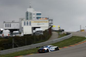 Audi R8 LMS команды Phoenix Racing: Оскар Тунхо, Иван Лукашевич