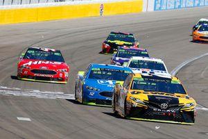 Erik Jones, Joe Gibbs Racing, Toyota Camry DeWalt and Ryan Blaney, Team Penske, Ford Fusion PPG