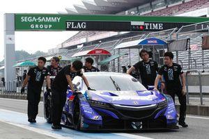 #100 Team Kunimitsu Honda NSX Concept GT