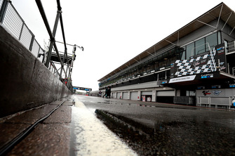 Boxengasse in Silverstone