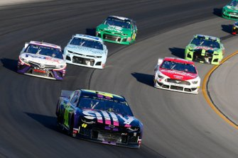 Jimmie Johnson, Hendrick Motorsports, Chevrolet Camaro Ally and Denny Hamlin, Joe Gibbs Racing, Toyota Camry FedEx Freight