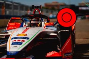 Pascal Wehrlein, Mahindra Racing, M5 Electro in the pit lane