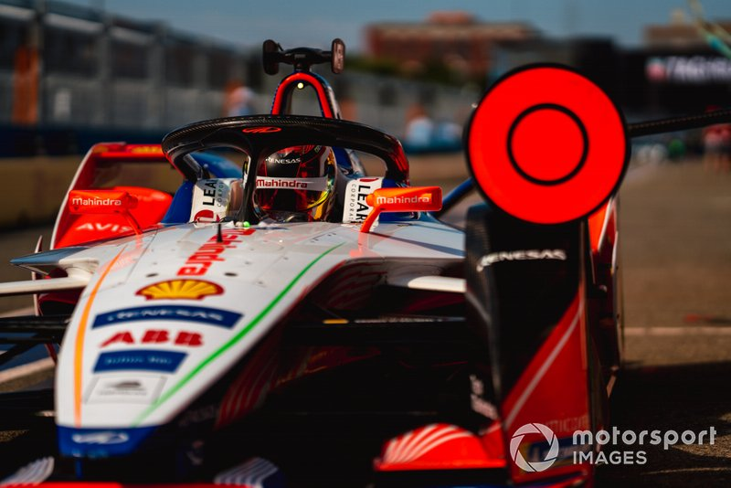 Pascal Wehrlein, Mahindra Racing, M5 Electro, in pit lane
