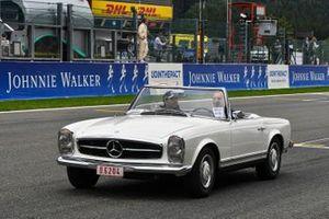 Sergio Pérez, Racing Point, en el desfile de pilotos