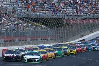 William Byron, Hendrick Motorsports, Chevrolet Camaro UniFirst Jimmie Johnson, Hendrick Motorsports, Chevrolet Camaro Ally