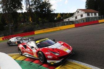 #51 Luzich Racing Ferrari F488 GTE: Alessandro Pier Guidi, Nicklas Nielsen, Fabien Lavergne, #77 Dempsey-Proton Racing Porsche 911 RSR: Christian Ried, Riccardo Pera, Matteo Cairoli