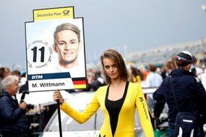 Grid girl van Marco Wittmann, BMW Team RMG