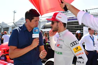 TV Presenter Vernon Kay interviews Daniel Abt, Audi Sport ABT Schaeffler on the grid