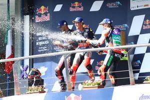 Podium: race winner Dominique Aegerter, Dynavolt Intact GP, second place Jordi Torres, Pons Racing 40, third place Mattia Casadei, Ongetta SIC58 Squadracorse