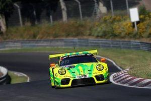 #911 Manthey-Racing Porsche 911 GT3 R: Julien Andlauer, Matt Campbell, Lars Kern