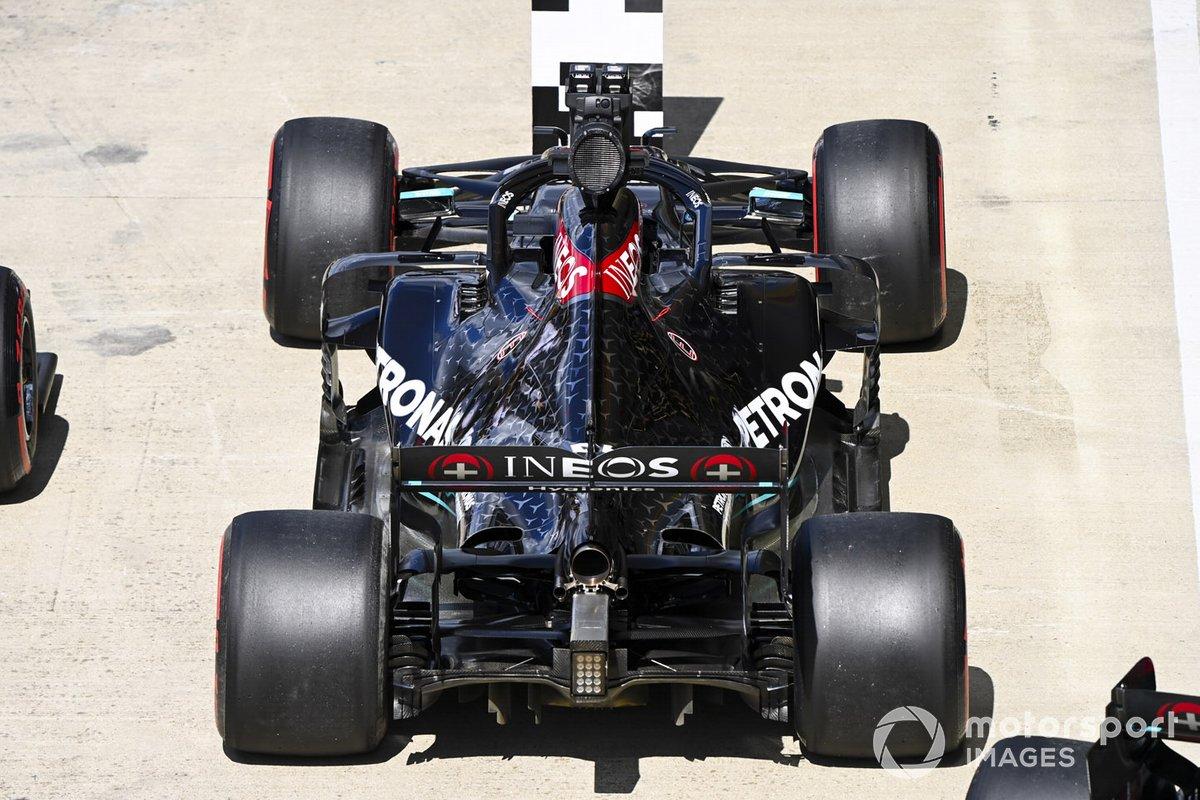 El monoplaza de Lewis Hamilton, Mercedes F1 W11 en Parc Ferme