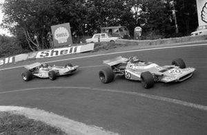 Henri Pescarolo, Matra MS120 leads Ronnie Peterson, March 701 Ford