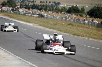 Jean-Pierre Beltoise, BRM P160B leads Carlos Reutemann, Brabham BT34 Ford